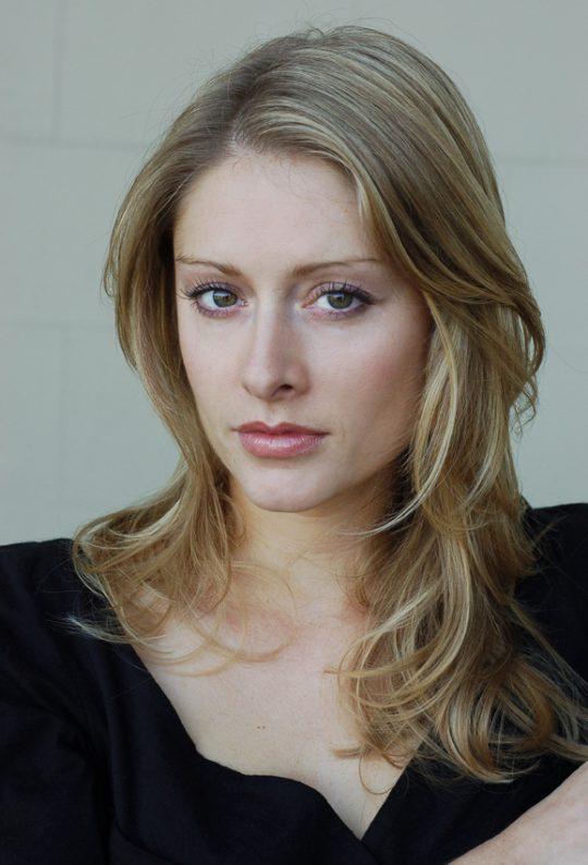 Erika : Actress